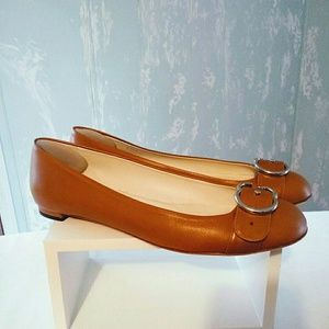 GUCCI TAUPE FLATS 11